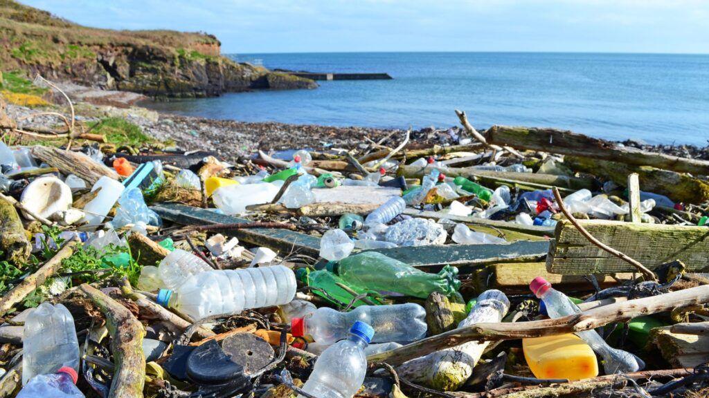 Grecia renunță la plasticul de unică folosință
