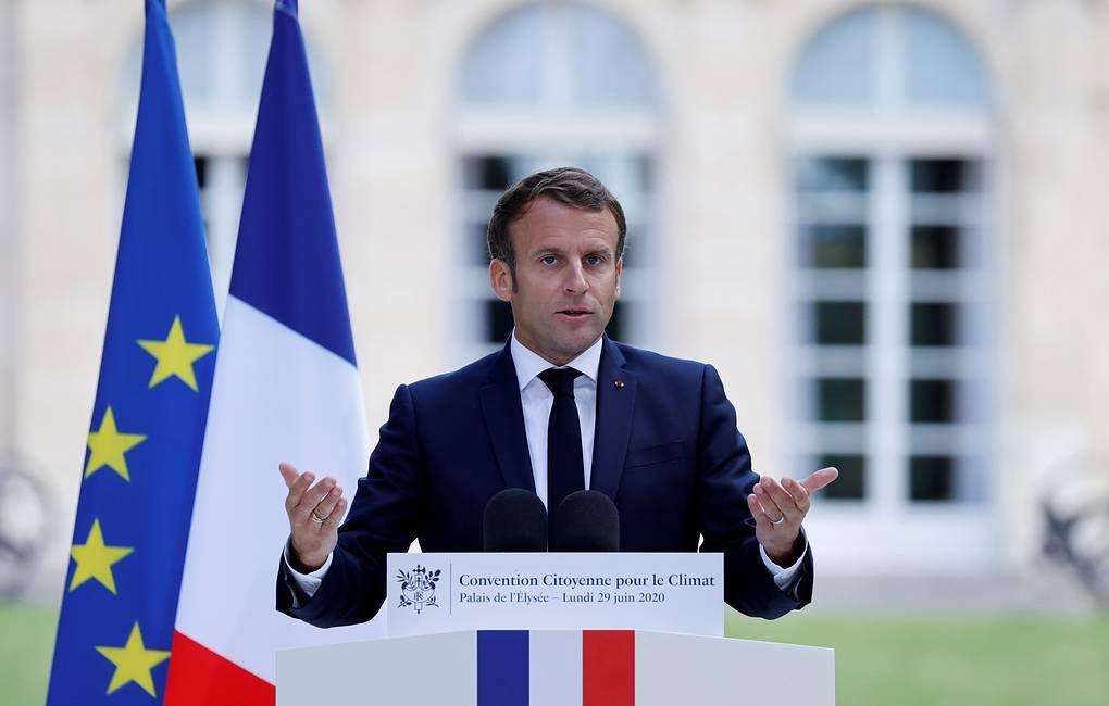 Macron a susținut ideea schimbării constituției Franței