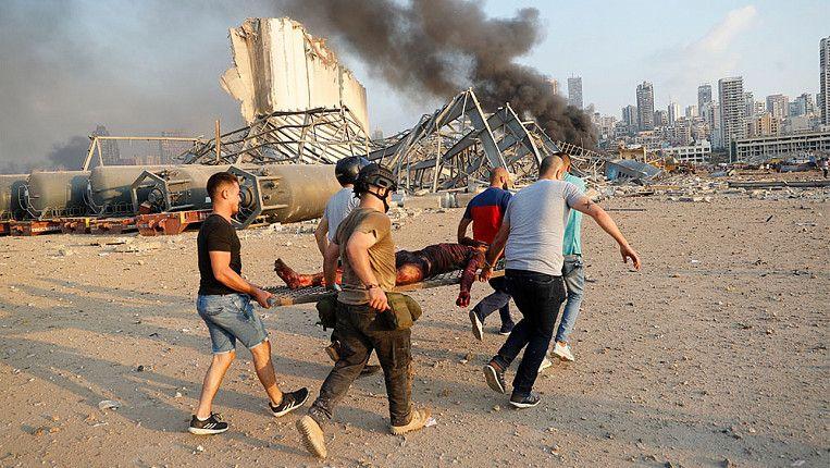 După explozia din Beirut Greenpeace recomandă locuitorilor să poarte respiratoare