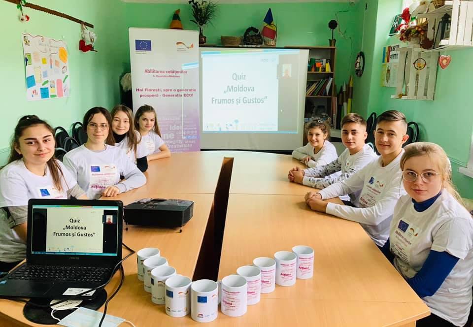 UE//Tinerii din Florești contribuie activ la ecologizarea raionului