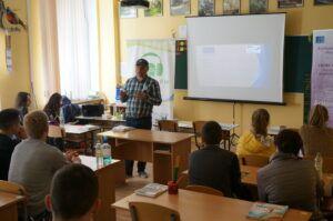 Tinerii din Anenii Noi instruiți de Alex Nisitiriuc