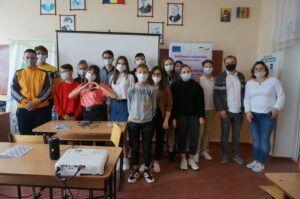 Participanții la instruire din raionul Fălești